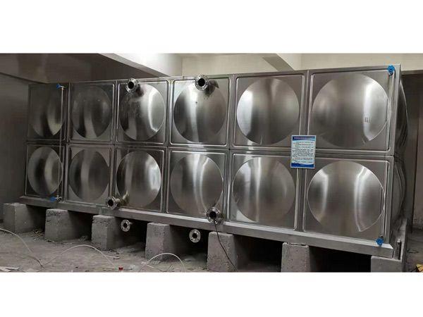不(bu)銹鋼水箱